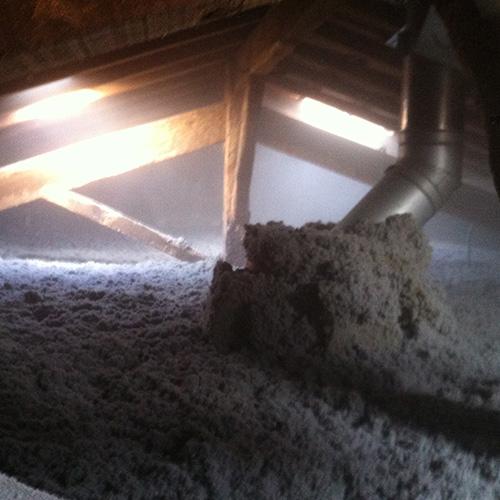 Talence - Ouate de cellulose soufflée - Confort thermique, évite la surchauffe estivale et les fuites d'air