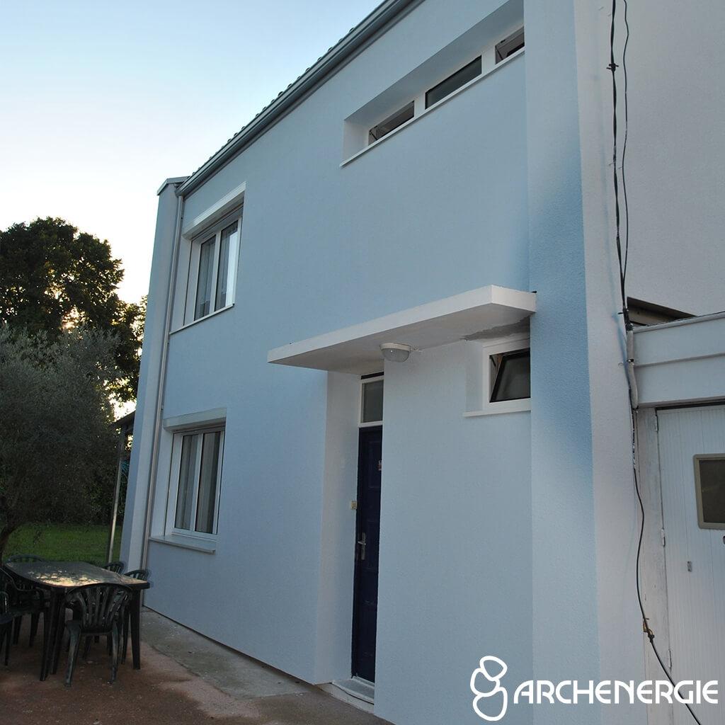 Isolation extérieure à Bassens sur une maison des années 60 - Après travaux