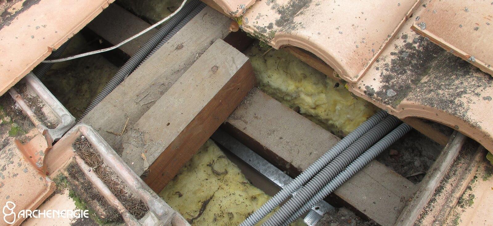 Isolation des rampants par l'extérieur avec fibre de bois à Camarsac (33).
